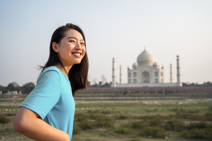 traveler visiting the Taj Mahal